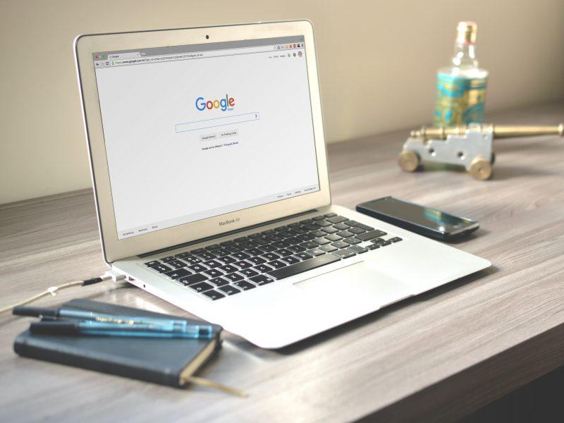 Ga op zoek naar de juiste woorden! Een geslaagde online aanwezigheid van je website begint met een trefwoordenonderzoek.